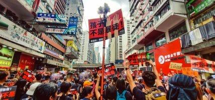 Il lusso conta i danni di Hong Kong