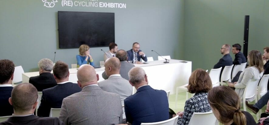 La presentazione di The Leather (re)cycling Exhibition