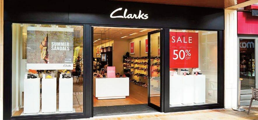 Clarks chiuderà 10 negozi in UK, ma CRV non sarebbe la causa