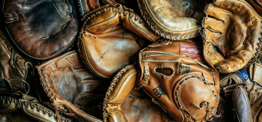 Dal baseball alla moda, Mack Provisions ricicla guantoni in pelle