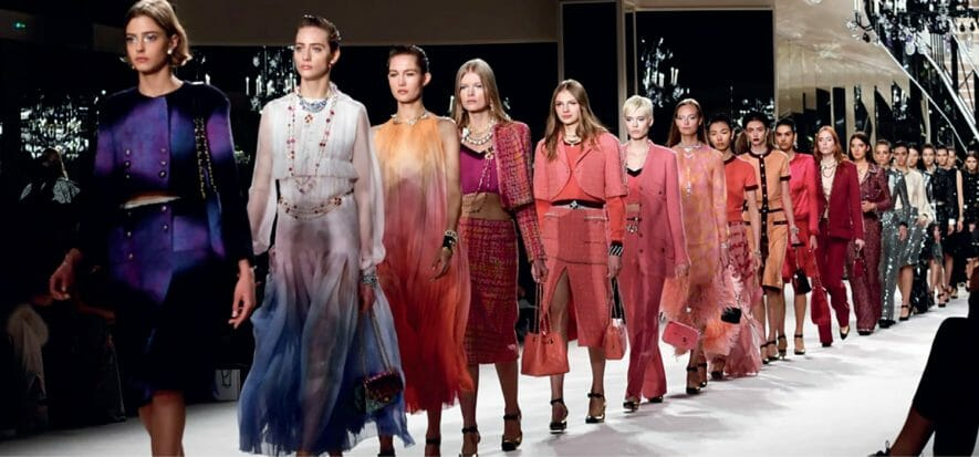 Gucci-Bottega Veneta spin and luxury, which now demands for sobriety