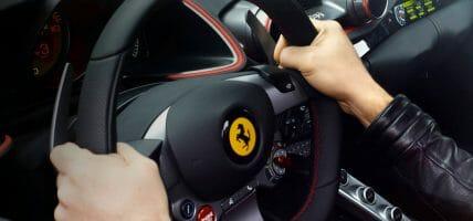 """Ferrari nel 2020 fa -10%. Per il CEO prende """"il tempo necessario"""""""