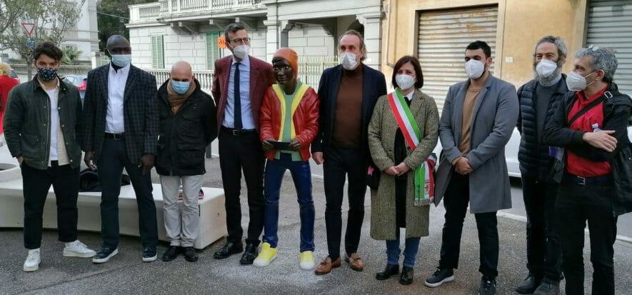 Conceria Masoni dona un'installazione artistica a Santa Croce