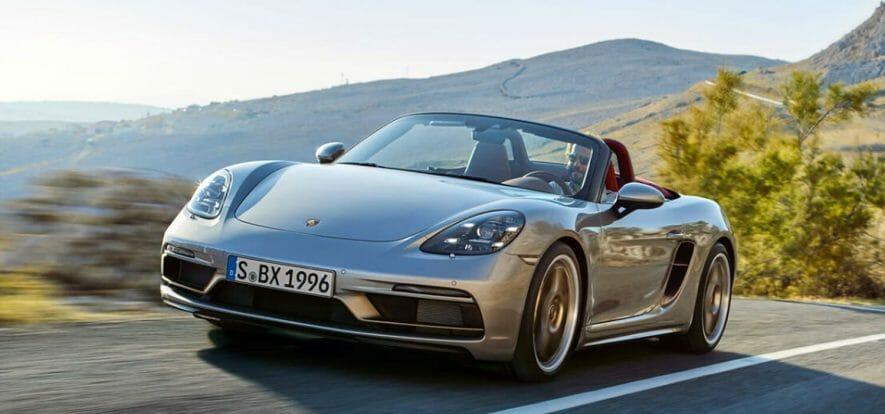 VW studia IPO autonoma di Porsche per raccogliere 20-25 miliardi