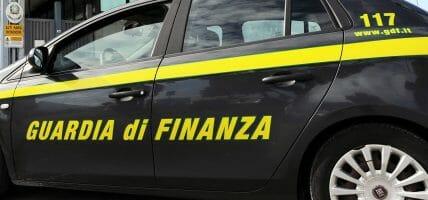 Tomaie in nero: un italiano e 9 cinesi evadono 10 milioni di euro