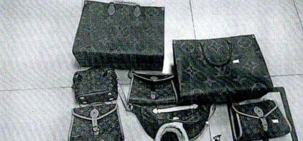 Producono Vuitton fake, incassano 15,4 milioni: 40 arresti in Cina