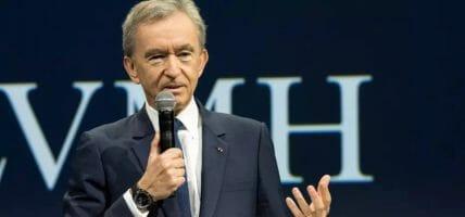 Mergermania, Arnault ha un vantaggio: può non badare a spese