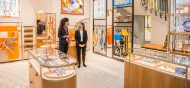 When Mulberry closes in Paris and Hermès reopens in Milan in a big way