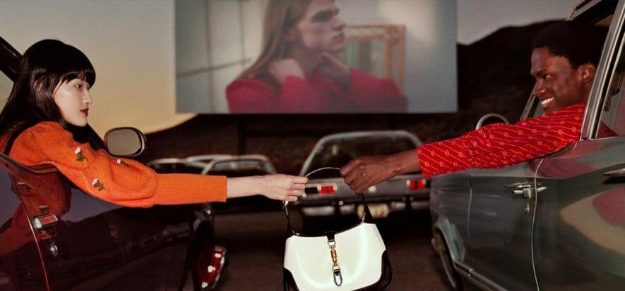 Gucci ritocca i prezzi in vista delle feste, Louis Vuitton pure