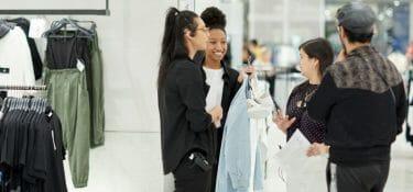 Nell'ultimo trimestre Inditex corre più forte di H&M