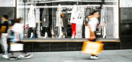 La luce in fondo al tunnel: in Italia aperti 190 nuovi negozi moda
